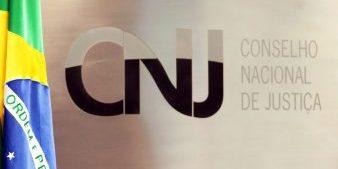 Cnj Apura Compra De Kits Para Clareamento Dos Dentes De Magistrados